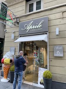 Aprile Coffee & Cream