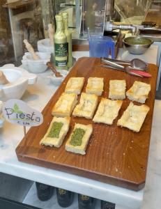 Pestobene original Pesto Genovese mit Focaccia