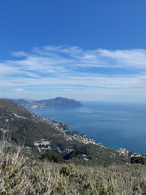 Monte Giugo Wanderung in Genua Ausblick auf Portofino